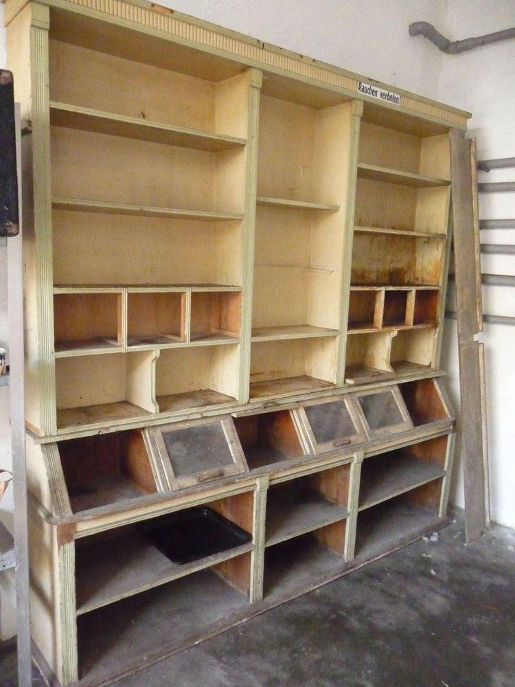 Ladenregal Holz überholungsbedürftig in Möbel  Wohnen, Dekoration