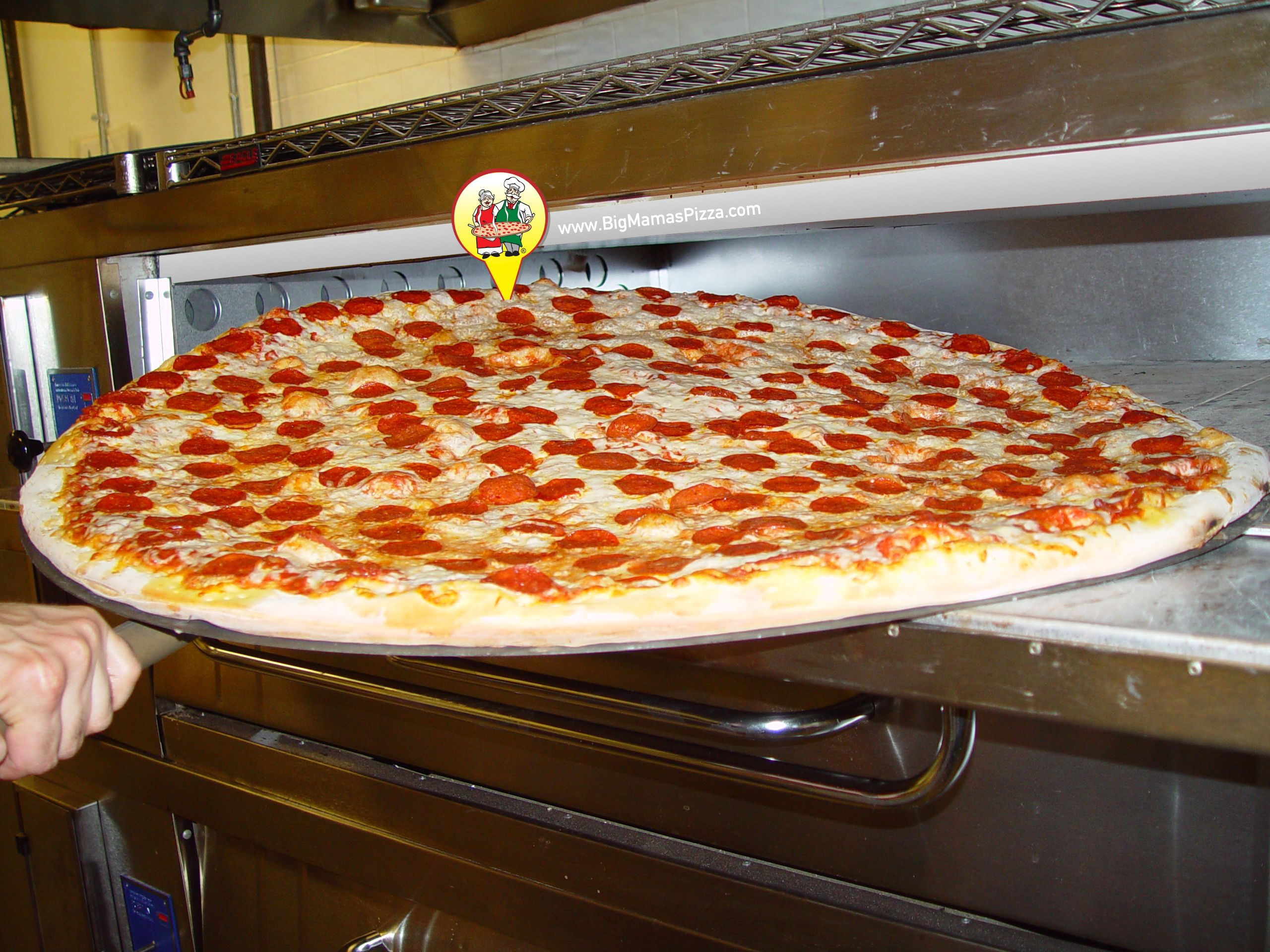 "Is Pepperoni Pizza your favorite? How about a 36"" Pepperoni Pizza? #BMPPGlendale  www.bigmamaspizza.com/locations/glendale/ Phone: (818) 242-6262"