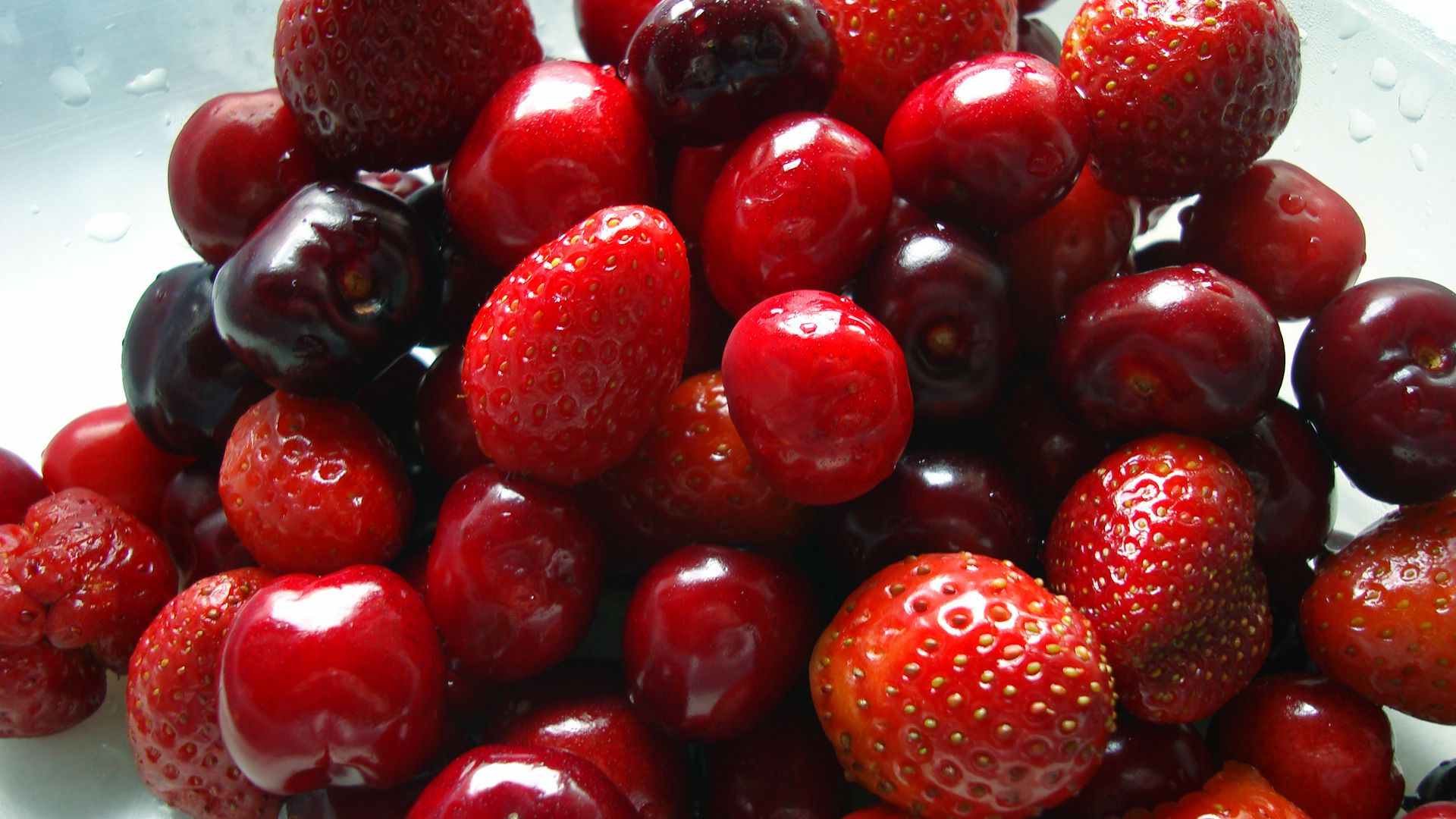 Fruits Lycopene Is Present In The Red Fruits And Vegetables Such As Red Fruit Red Fruit Fruits And Vegetables Images