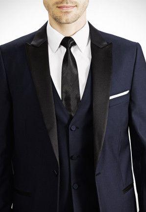Midnight Blue Peak Lapel Tux Paired With A Necktie Generationtux Gentux Bluetux Navytux Mi Midnight Blue Tuxedo Wedding Blue Suit Men Blue Tuxedo Wedding