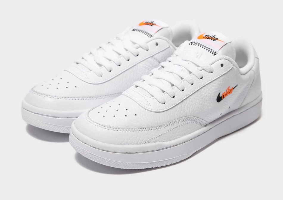 Nike Court Vintage Premium Sneaker Urban Outfitters In 2020 White Shoes Sneakers Nike Sneakers Women Sneakers