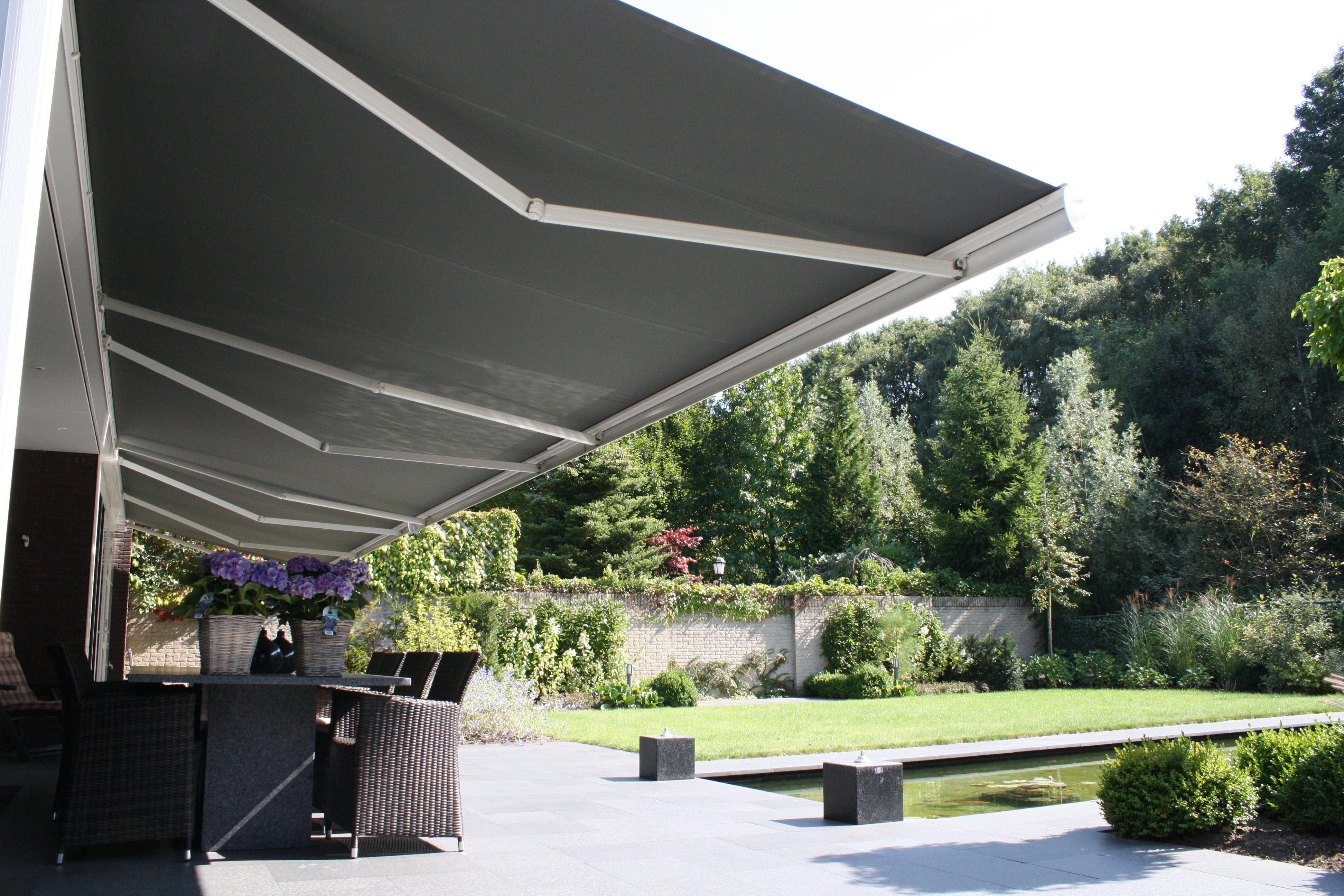 Terrasscherm knikarmscherm zonnescherm zonwering