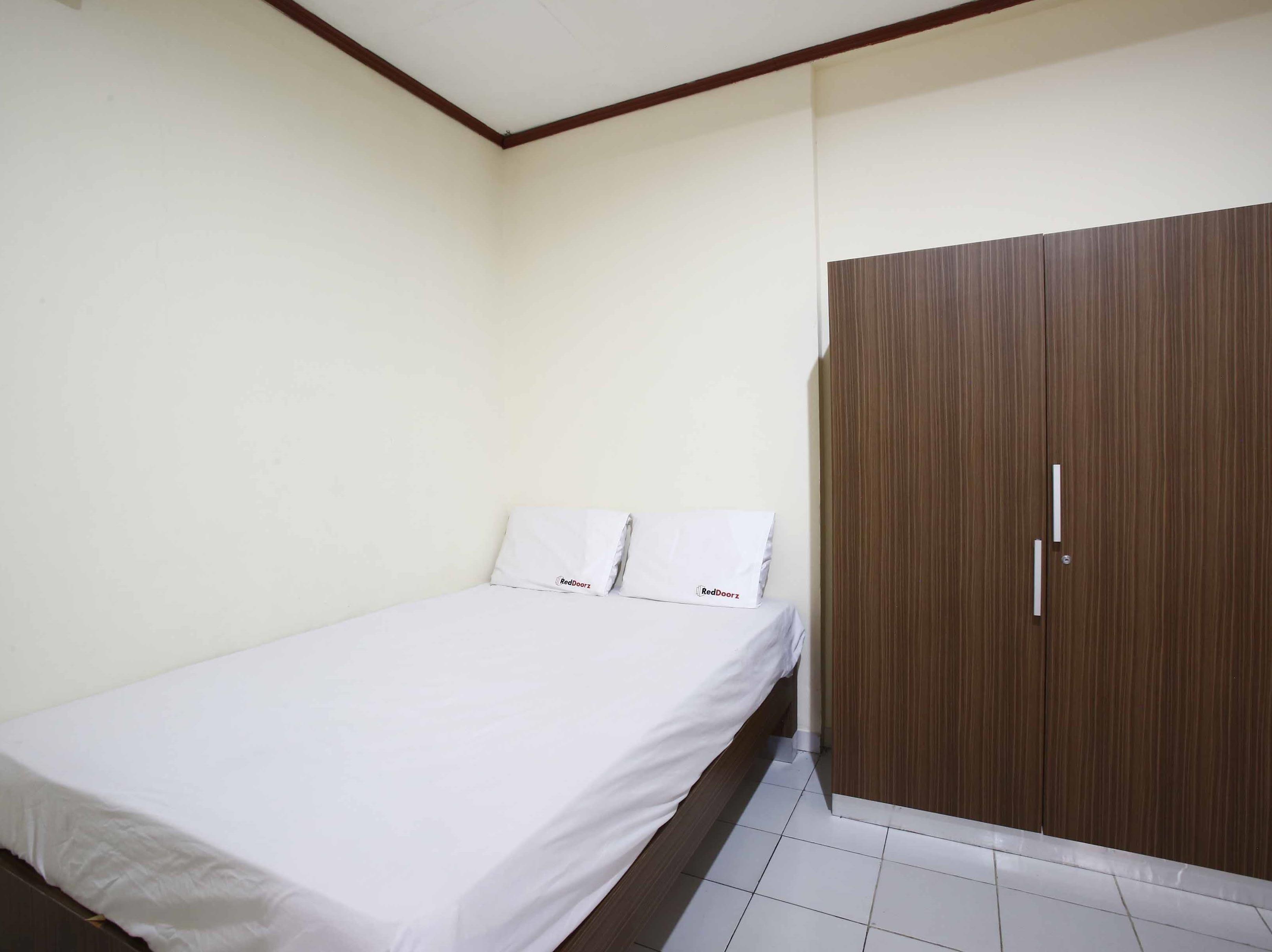 RedDoorz @ Mampang 23 Jakarta, Indonesia