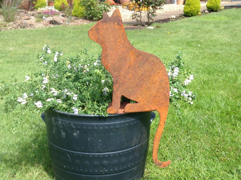 Rusty Metal Cat Garden Decor / Metal Cat Garden Art / Sitting