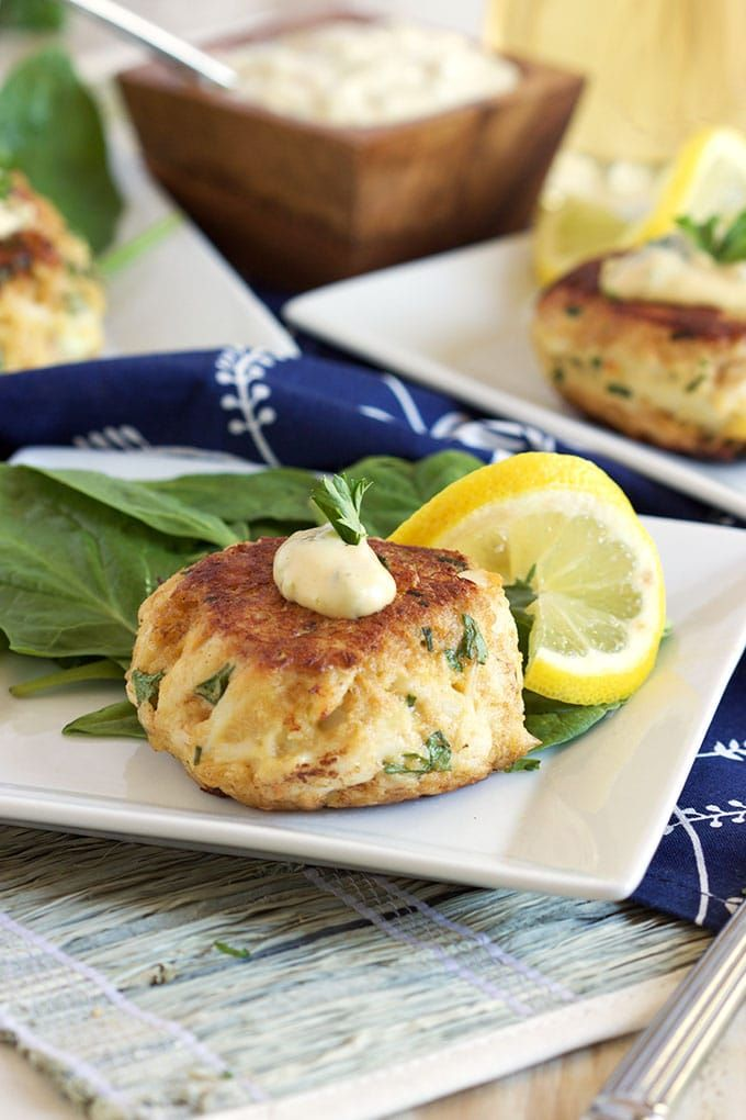 Light On Fillers The Very Best Crab Cakes Recipe Is Loaded With Tender Jumbo Lump And Other Simple Fresh Ings For An Easy Quick Dinner Maryland