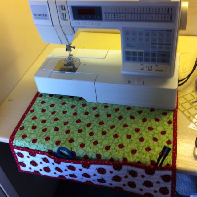 Sewing Machinecraft Quilt Has Pockets To Hold Your Tools It Best Cricket Sewing Machine
