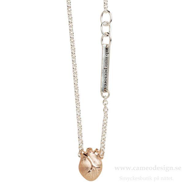 anatomiskt hjärta silver