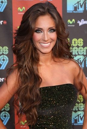 Cabello chocolate anahi