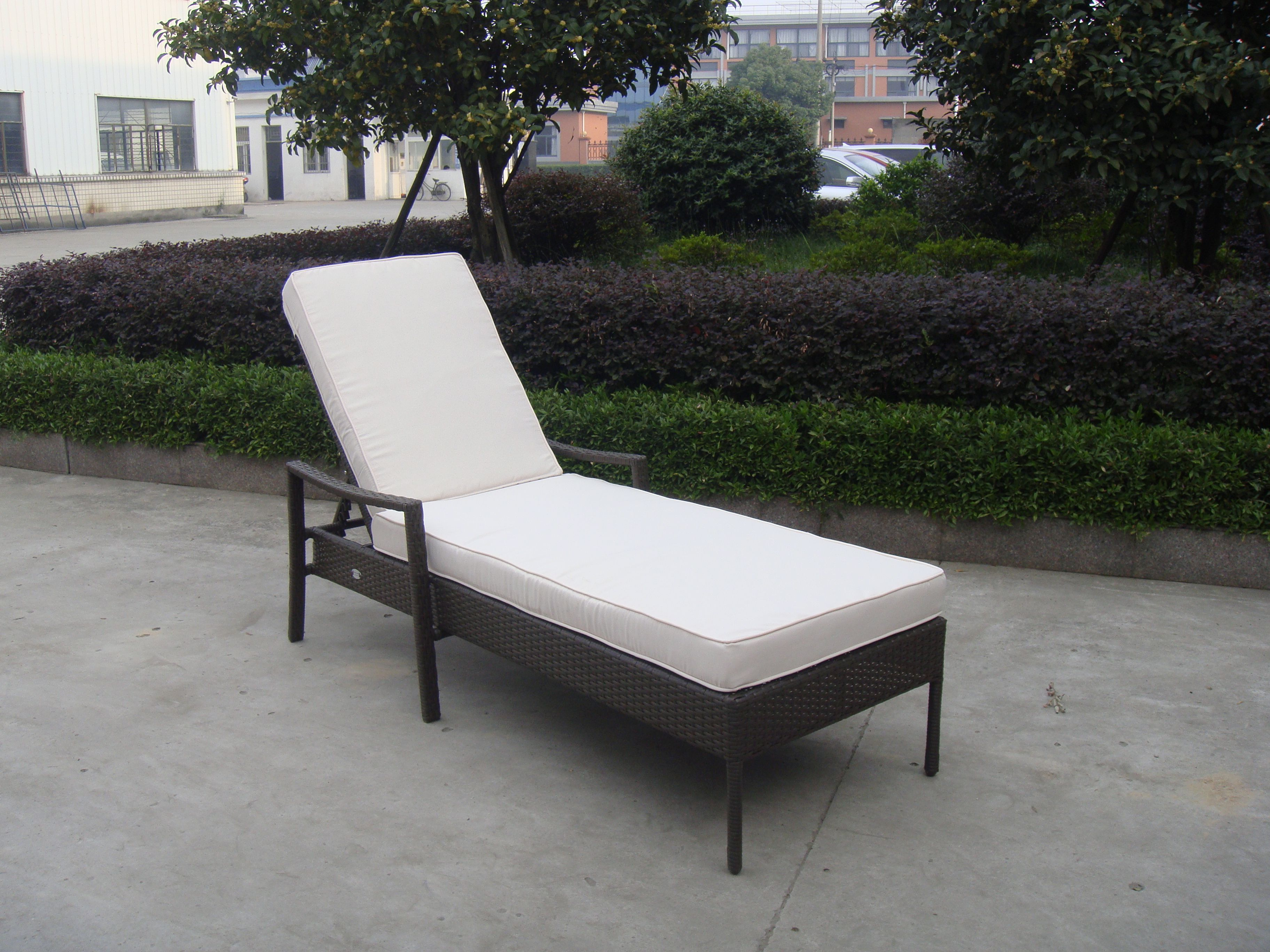 TG 7336 rattan sun lounger outdoor furniture