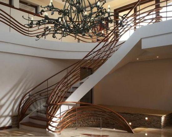 beton treppe holzgeländer handgefertigt moskau   stairs, Innedesign