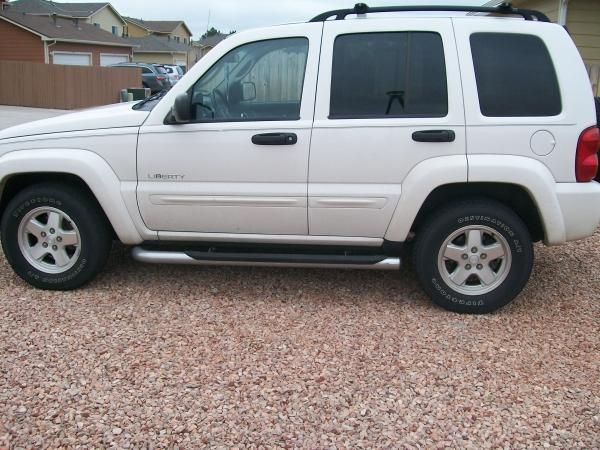 2004 Jeep Liberty For Sale Near Peterson Afb Colorado Milclick Com Military Lemon Lot Buy Or Sell Used Ca Jeep Liberty Sell Used Car Jeep