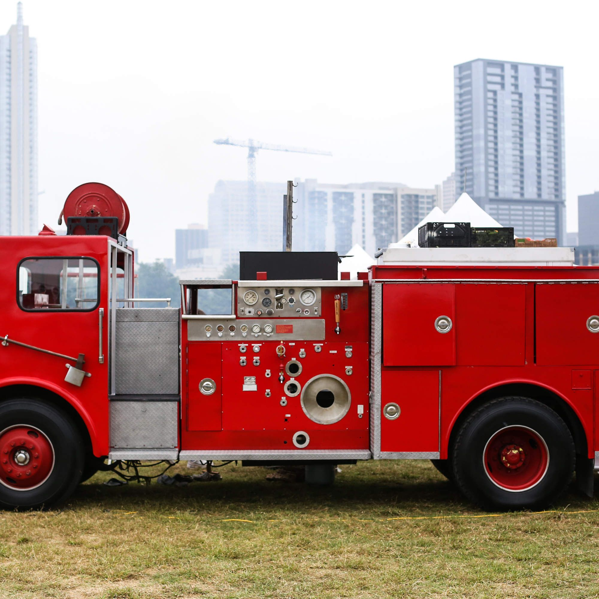 This Fire Truck Is The Ultimate Tailgating Vehicle Can Actually Put Out Fires Fire Trucks Trucks Tailgating