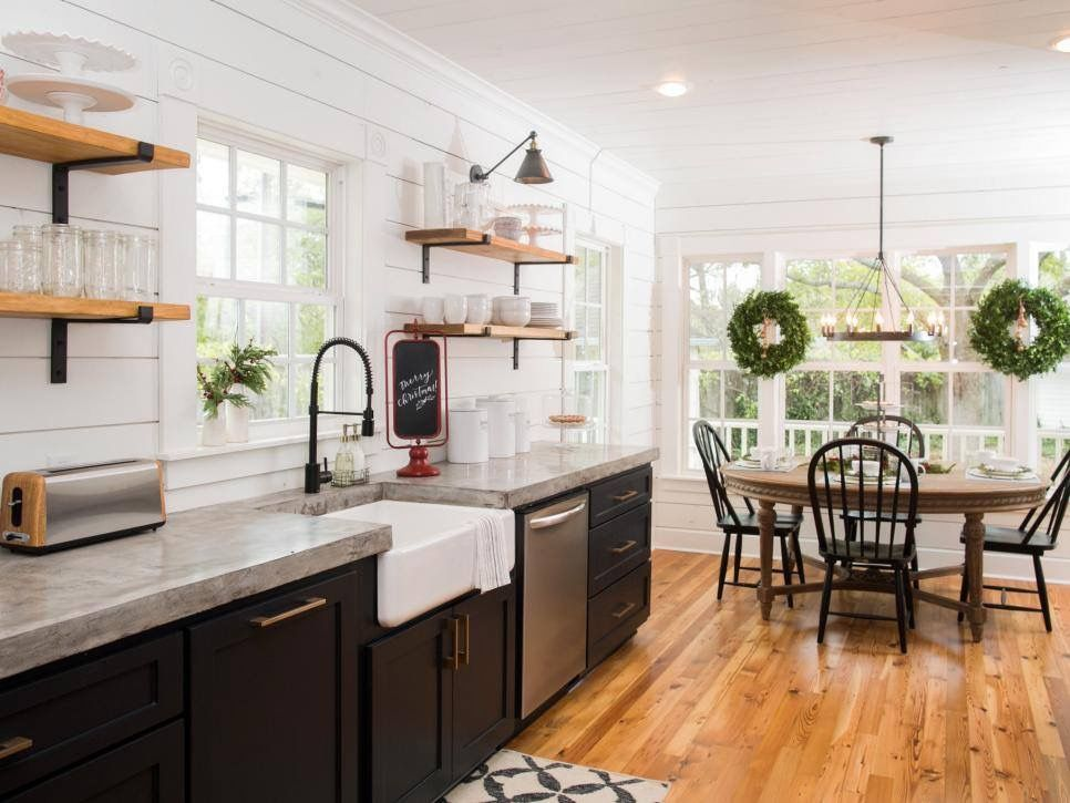 Their Fixer Upper Christmas decor featured lots