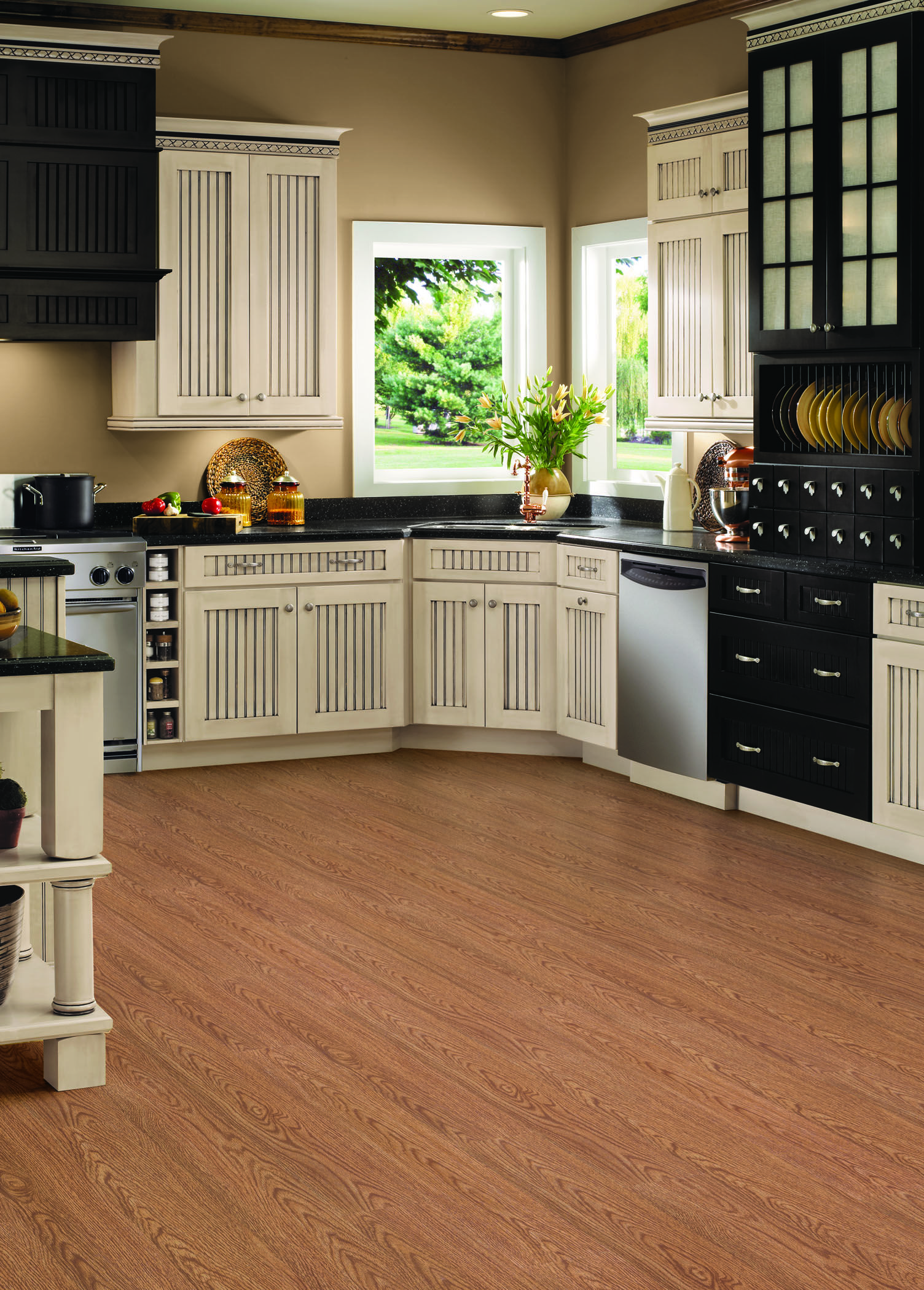 Classic Oak in Harvest Luxury vinyl tile, Kitchen