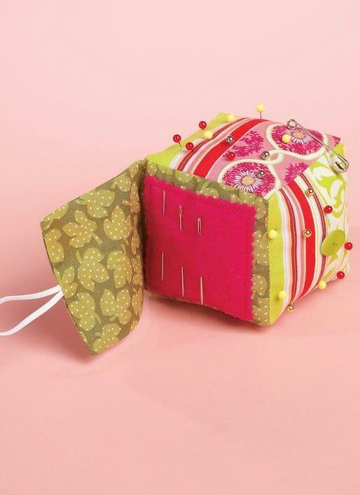 Cube pin cushion organisation | Sewing | Pinterest