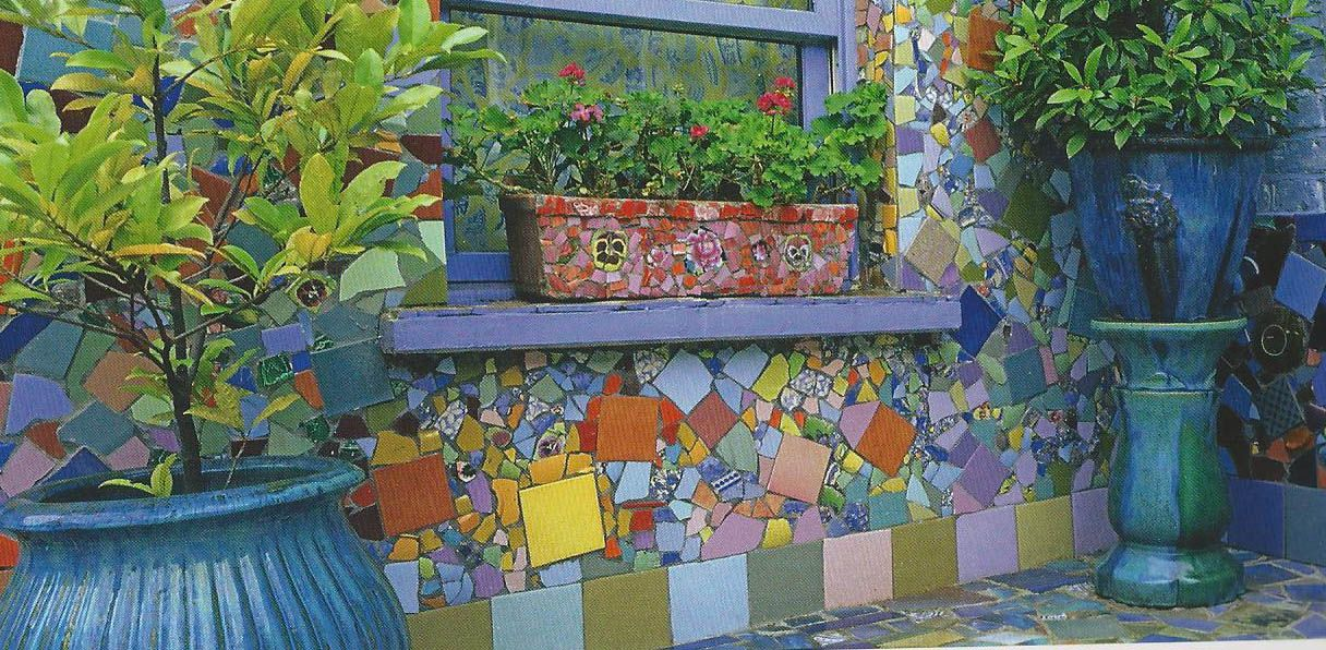 Mosaic patio wall garden mosaic ideas mosaic ideas for Mosaic landscape design