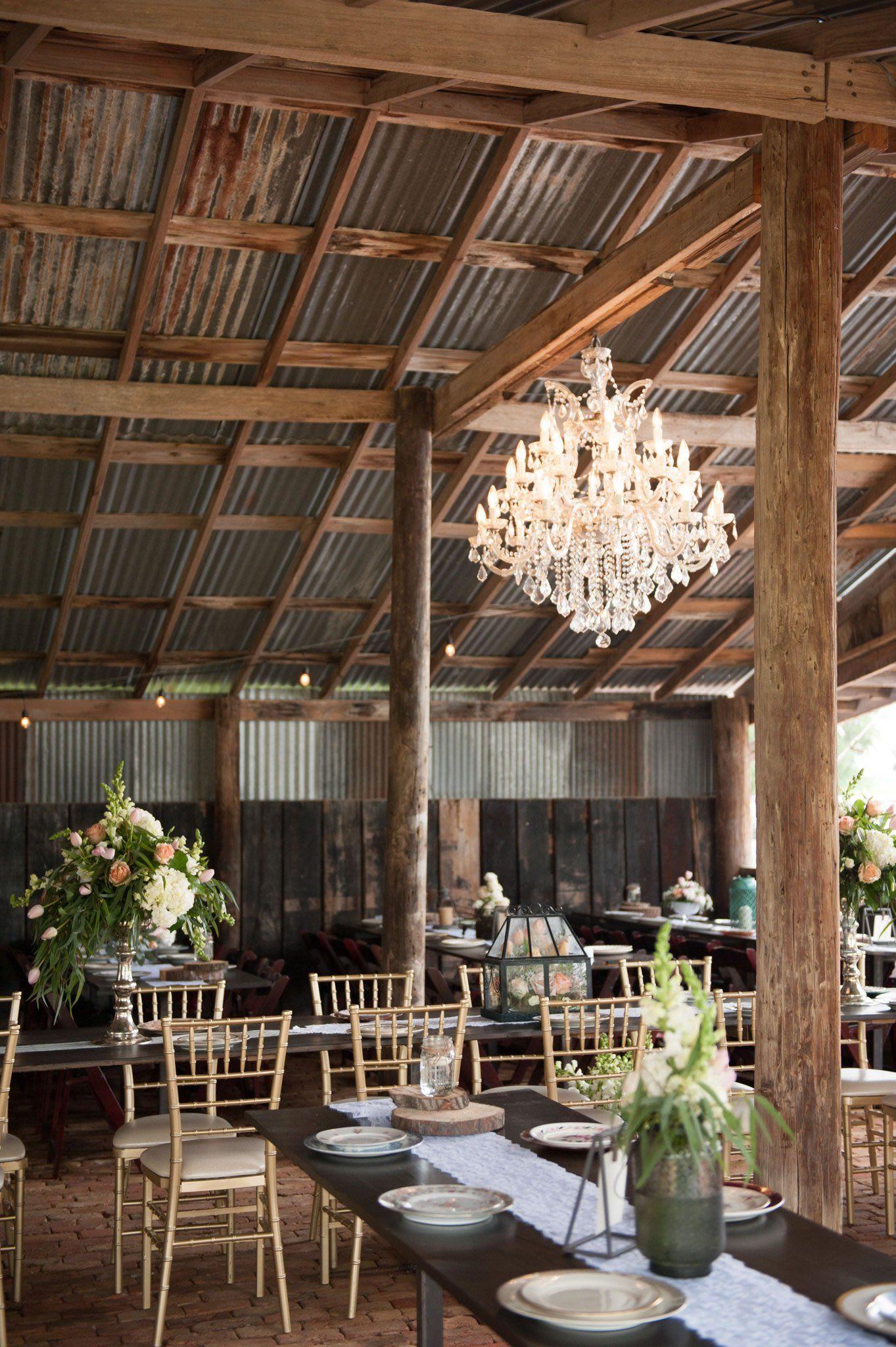 Glamorous Vintage Rustic Texas Barn Wedding Venue Cherokee Rose: Vintage Barn Wedding Venue At Websimilar.org