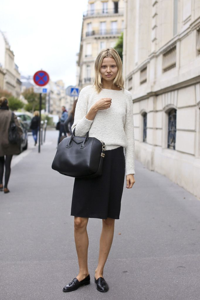 How to Cop a Model\u0027s Off-Duty Look Job description, Loafers outfit