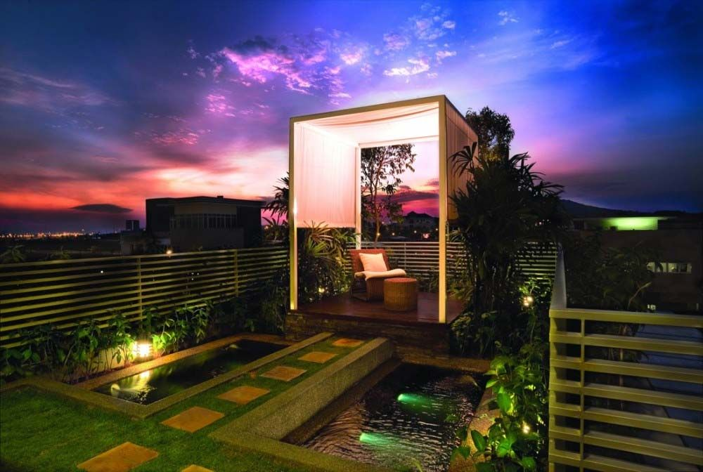 Beautiful Rooftop Garden Design At Modern Villa Roof Garden Design Rooftop Design Luxury Villa Design