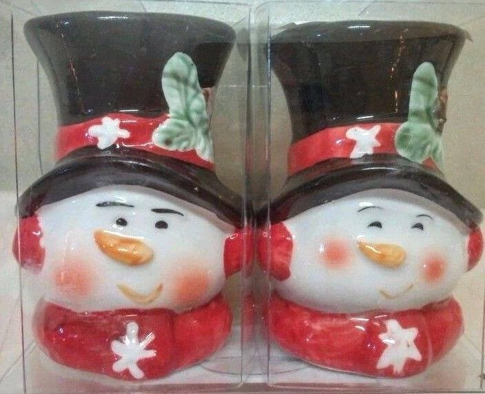 Snowman Salt And Pepper Set Ceramic 3 inch New in package Christmas Holidays