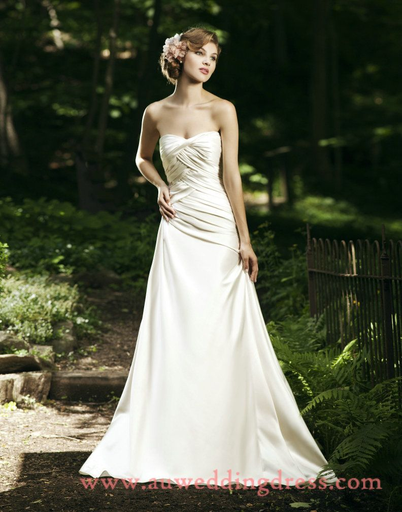Wedding dress for pear shaped  Off White Simple Wedding Dresses  Best Wedding Dress for Pear