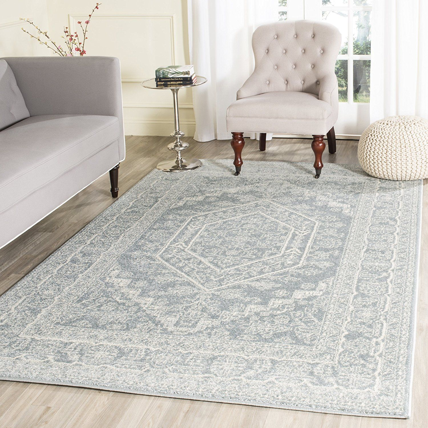 Amazon.com: Safavieh Adirondack Collection ADR108B Ivory and Silver Oriental Vintage Area Rug (6' x 9'): Kitchen & Dining