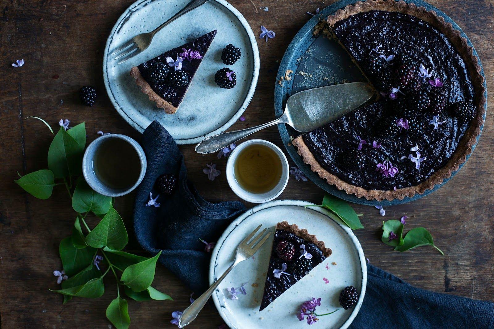 our food stories: glutenfree elderberry-blackberry-curd tart