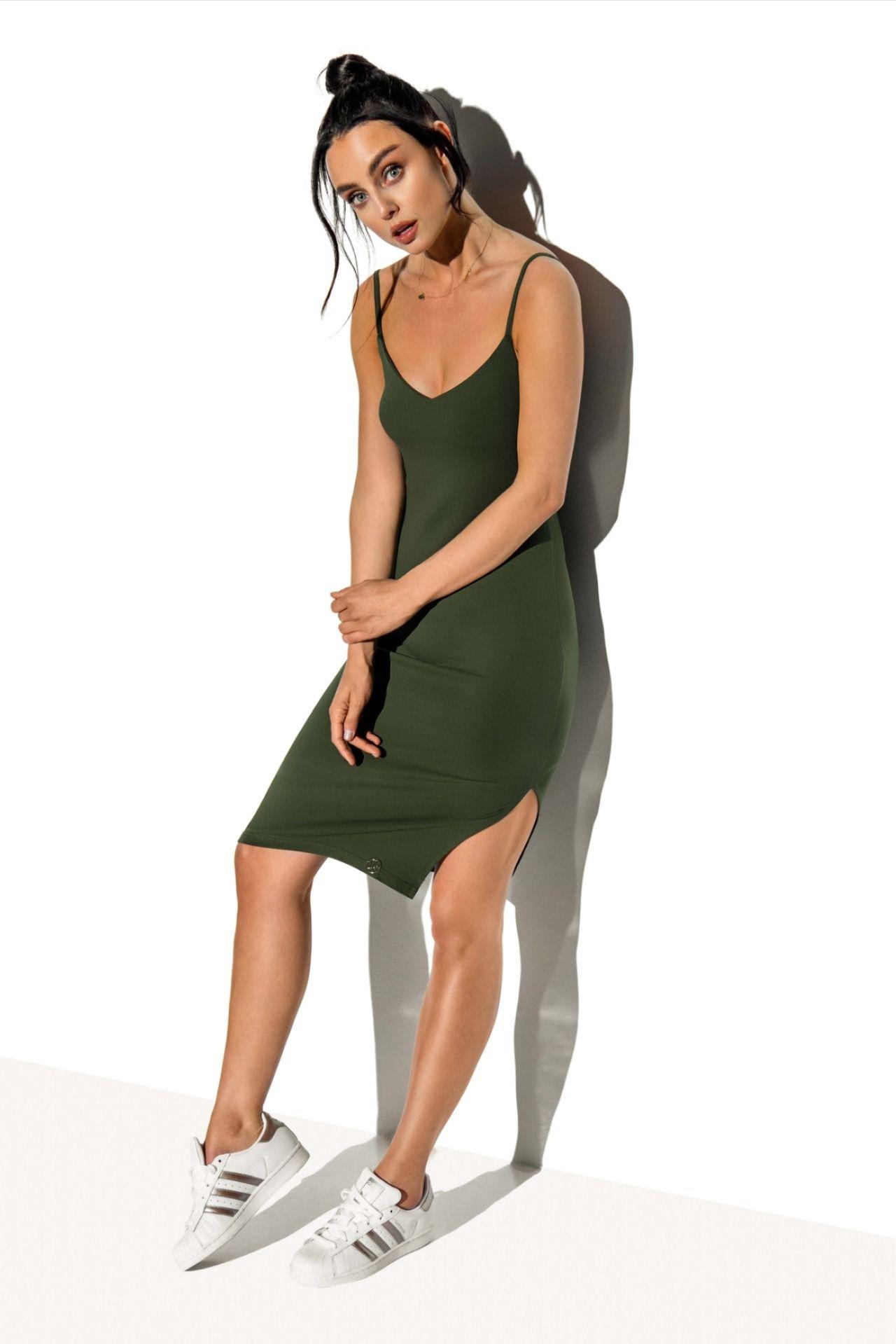 rochie scurtă cu varicoză