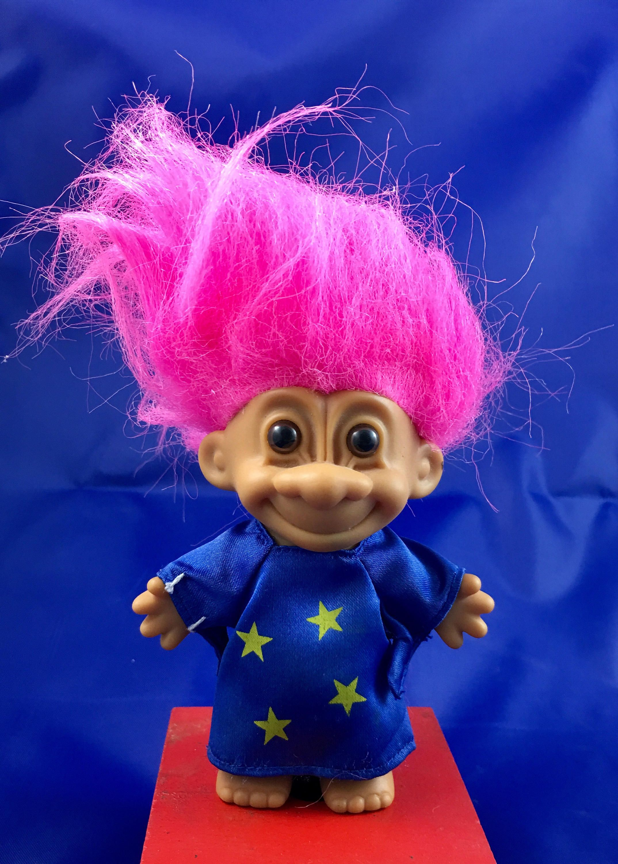 Vintage Russ Pink Hair Wizard Collectible Troll Doll Retro Troll Toy