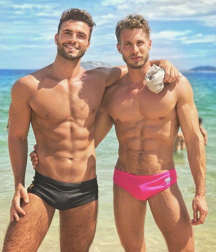 Schwule männer sexy Beim Gay