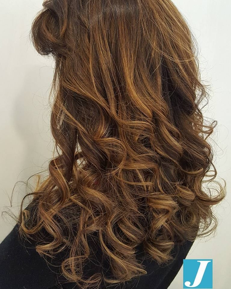 Degradé Joelle una esplosione di sfumature #cdj #degradejoelle #tagliopuntearia #degradé #igers #musthave #hair #hairstyle #haircolour #longhair #ootd #hairfashion #madeinitaly #wellastudionyc #workhairstudiocentrodegradejoelle #roma #eur