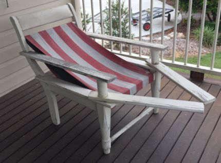 Antique Vintage Squatters Chairs (Red & White) c1930s | Lounging & Relaxing  Furniture | - Antique Vintage Squatters Chairs (Red & White) C1930s Lounging