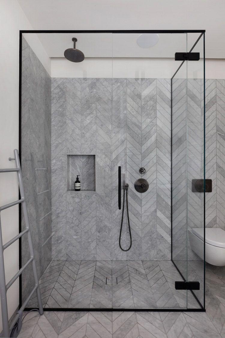 Visgraat tegels in de badkamer - Woontrendz | Bathroom ...