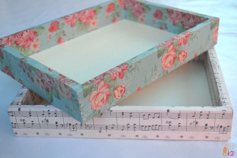 Empapelar cajas en 3 pasos decorar caja cajas forradas - Mesa para empapelar ...