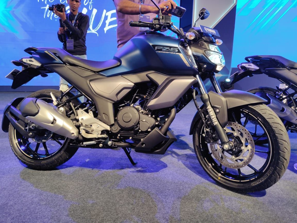 Yamaha Fz S Fi V 3 0 Abs Launched In India At Rs 97 000 Yamaha