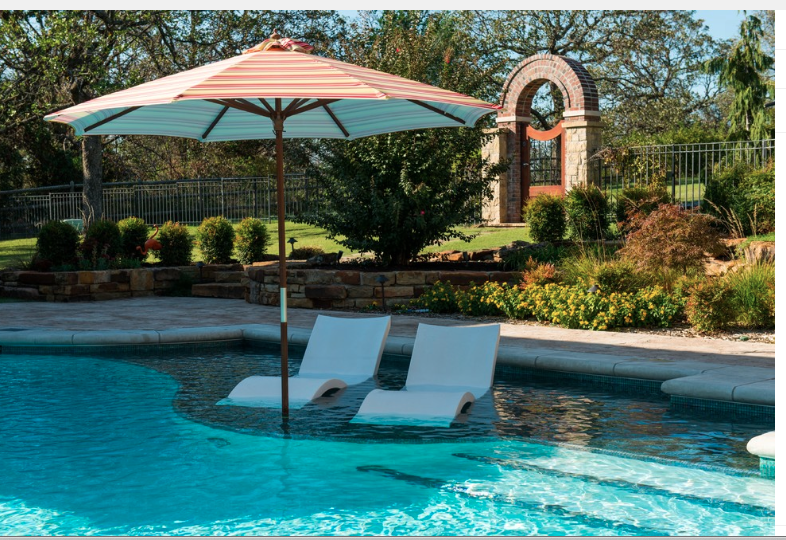 Pool With Tanning Ledge Pool Lounge