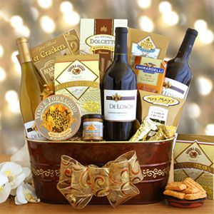 Festive Holiday Wine Gift Basket Gourmet Gift Baskets Wine Gift