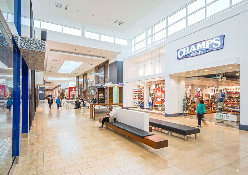 Mall Amenities (Yorkdale Shopping Centre)