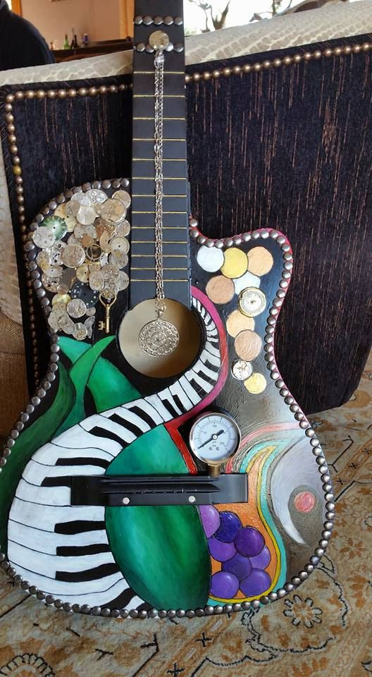 The Pressure Of Time Hand Painted Guitar Price Reduced Guitarras Decoradas Guitarras Decoracion De Unas