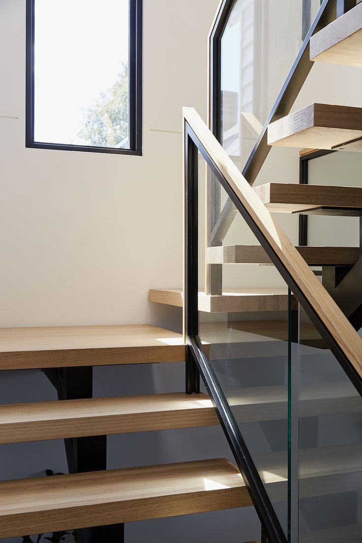 Best Pin By Yi Lim On Architecture Timber Staircase Timber Handrail Glass Balustrade 400 x 300