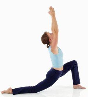 how to do the standing lunge stretch  hip flexor stretch