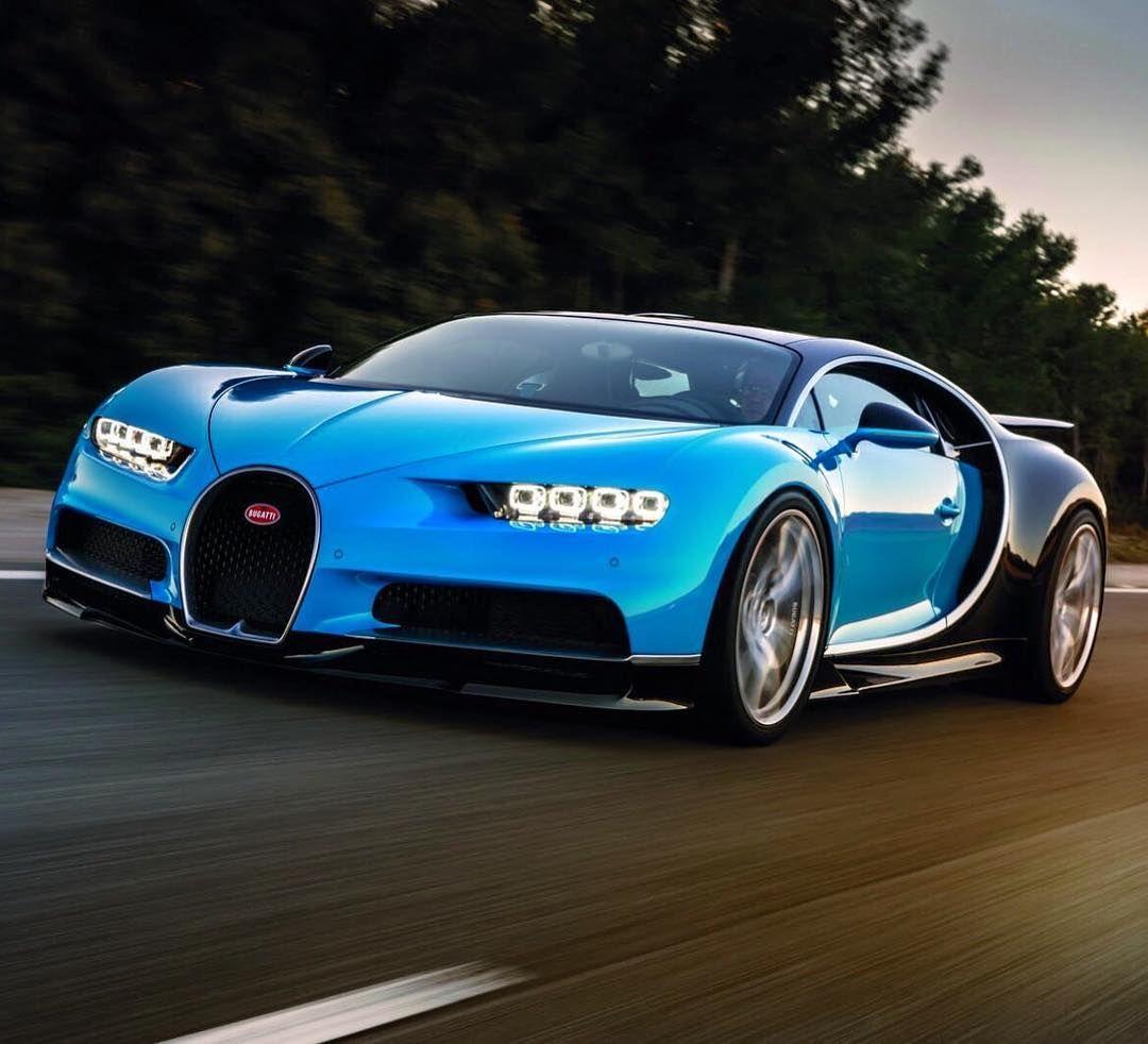 2016 Geneva Motor Show Bugatti Chiron First Look: Bugatti Chiron 2017 Photo By ( SAUD AL-OLAYAN