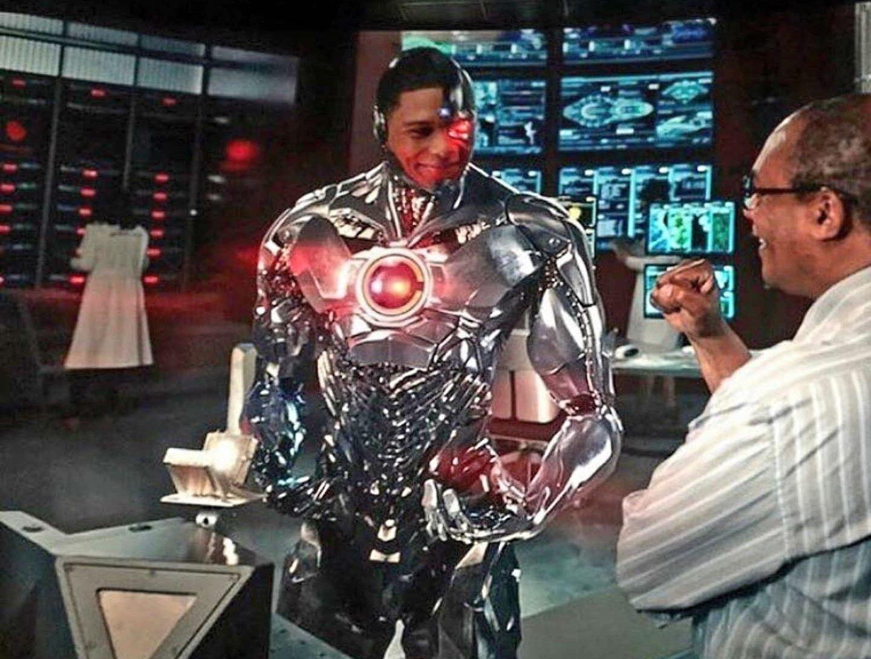 cyborg�s upgrade dc universe dc comics liga de la