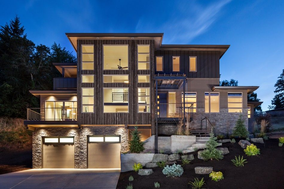Luxurious multi level house with elevator and custom dog for Modern custom home builders