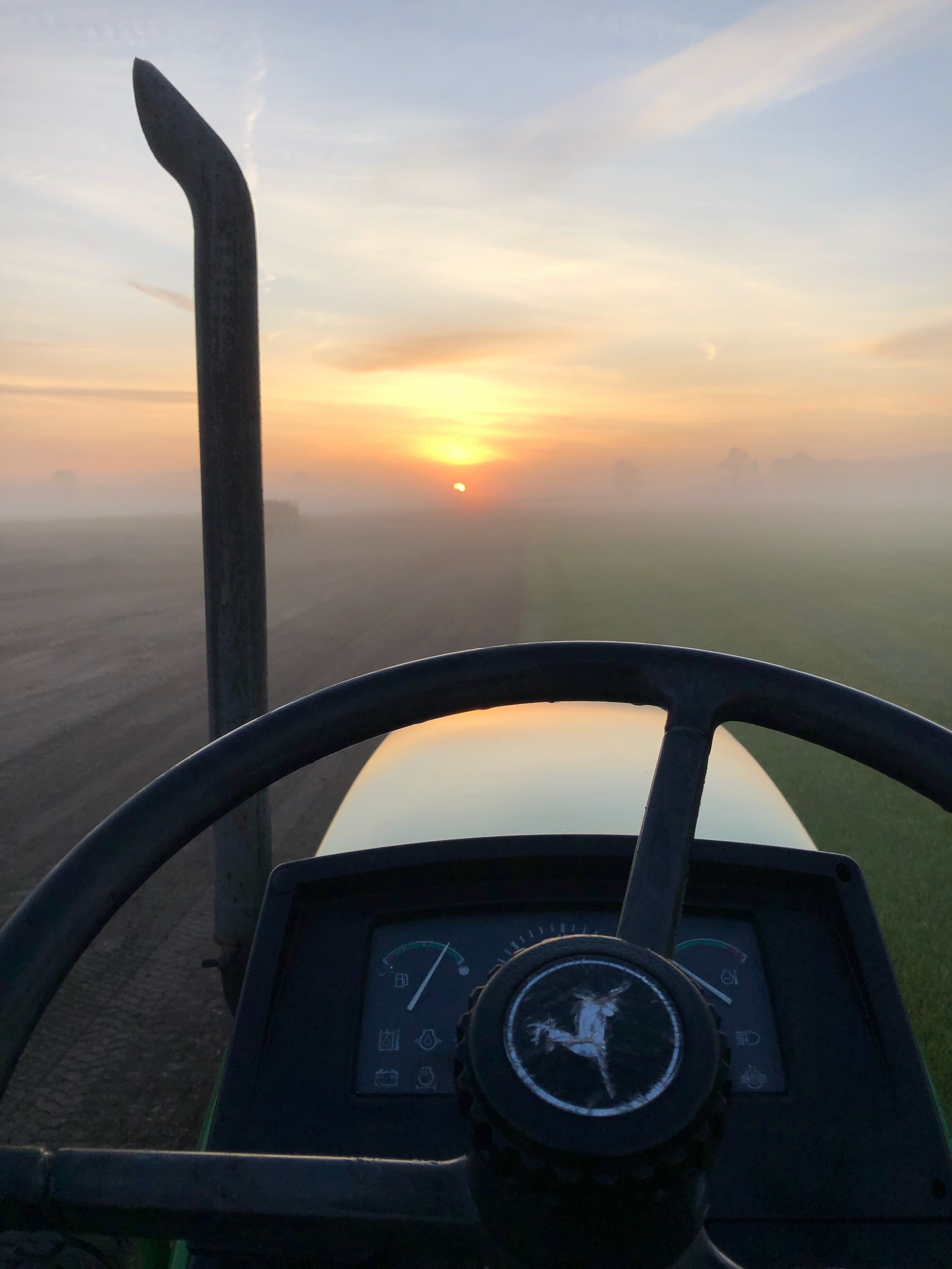 Good Morning Today We Re Sharing Another Photo From Our Red Hen Team That Was Submitted To Our 2019 Photo Contest This One Was Ta In 2020 Red Hen Turf Photo Contest