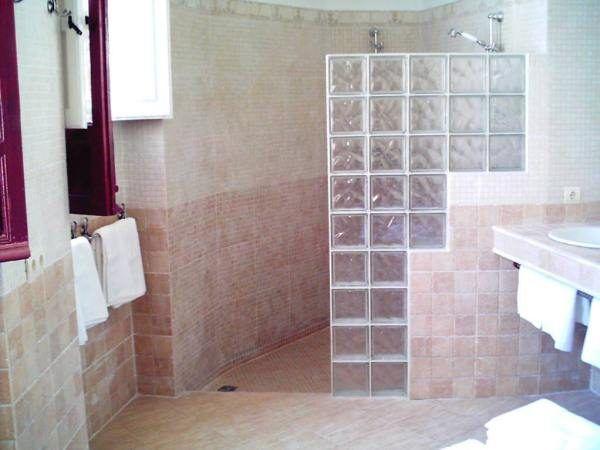 ideas de baos pequeos con ducha 2016 si la pared de la ducha es estilo