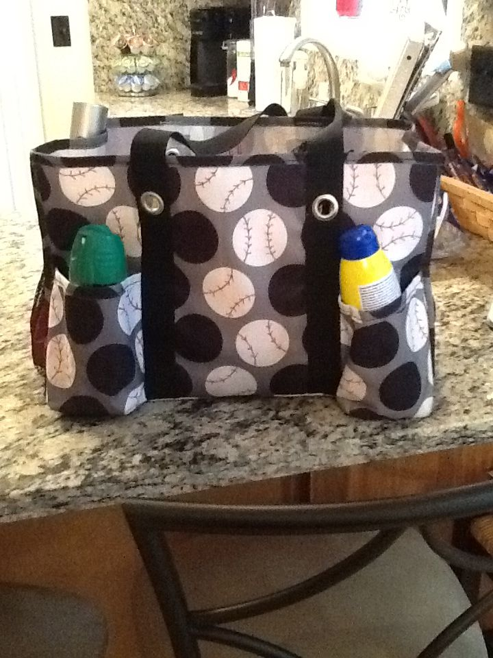 fd3a4a5b50 BASEBALL/BASEBALL MOMS: Thirty one bag & red sharpie! I use this bag to  keep all the items for the ballpark!