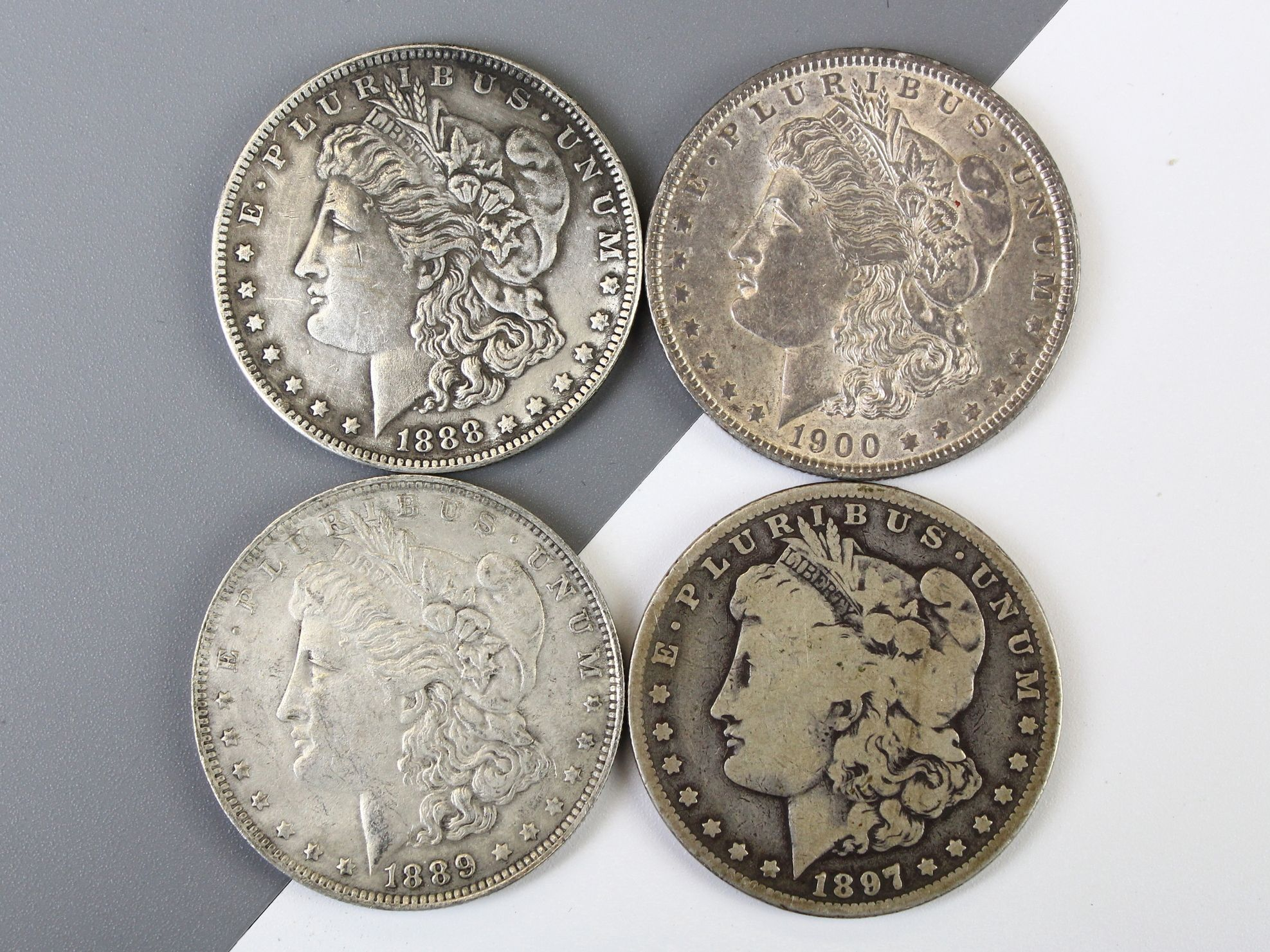 Don T Be Fooled By Fakes Propertyroom Com Has You Covered On How To Tell The Difference Between Real And Fake Morg Morgan Silver Dollar Coin Worth Rare Coins