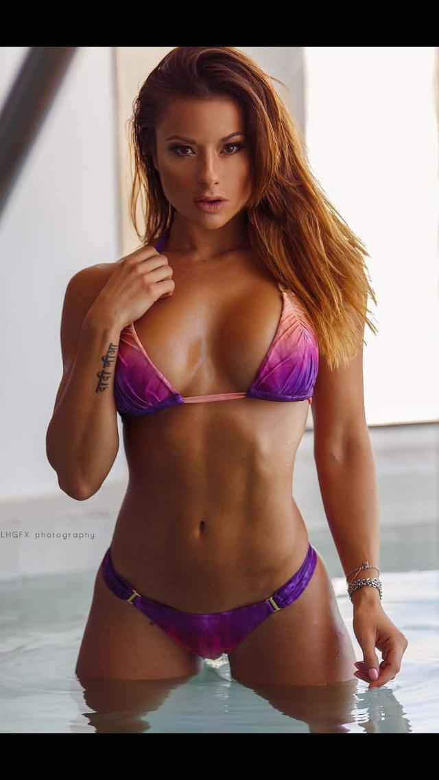 beautiful women selfie nude