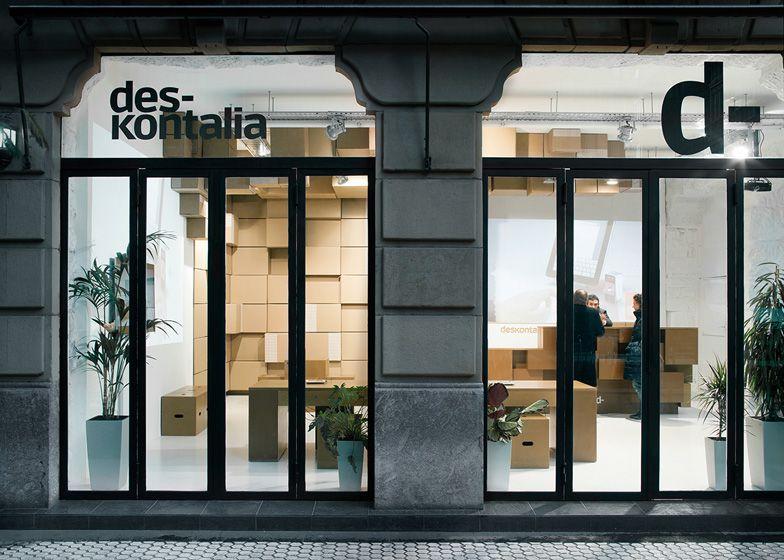 Deskontalia store in Donostia by VAUMM
